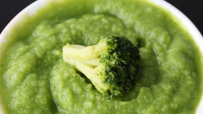 Супа с броколи и лимон